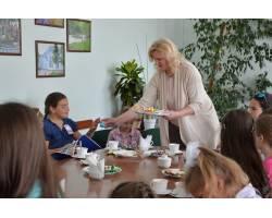 Обдаровані діти в гостях у міського голови