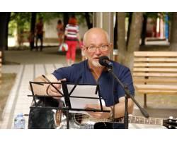 17 червня відбувся творчий вечір Ігоря Костроміна - музиканта, композитора, поета, письменника, фотографа, громадського діяча та одного із засновників громадської організації «Харків рок-клуб».