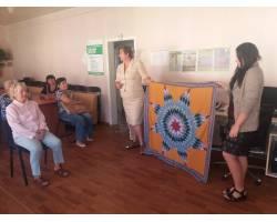 В Територіальному центрі соціального обслуговування (надання соціальних послуг) Чугуївської міської ради пройшов майстер-клас з hand made, а саме, з печворку.