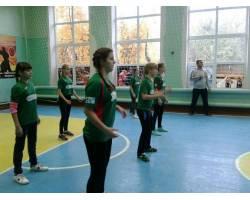 Спортивні  змагання з волейболу серед  дівчат
