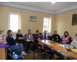 В Територіальному центрі соціального обслуговування (надання соціальних послуг) Чугуївської міської ради 15.11.2017 та  16.11.2017 пройшли тренінги для внутрішньо переміщених осіб.
