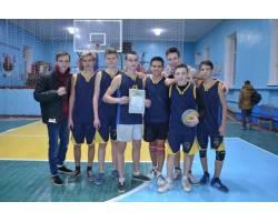 Команди хлопців та дівчат м.Чугуєва – переможці обласних змагань з волейболу