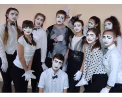 """Члени міської ради старшокласників – переможці фестивалю """"Лідер року""""!"""