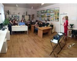 В Територіальному центрі соціального обслуговування (надання соціальних послуг) Чугуївської міської ради 26 грудня 2017 року Тренінговий центр по наданню паліативної допомоги провів навчання з соціальними робітниками.