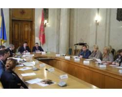 Галина Мінаєва відвідала засідання робочої групи ХОДА з питань передачі Чугуївської історичної будівлі початку XIX століття  в обласну власність