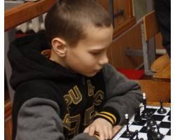 Юний шахіст з Чугуєва - серед переможців обласних змагань