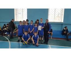 Учні шкіл м.Чугуєва стали переможцями змагань з волейболу