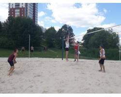 Чугуїв прийняв участь у спартакіаді області з пляжного волейболу серед чоловіків.